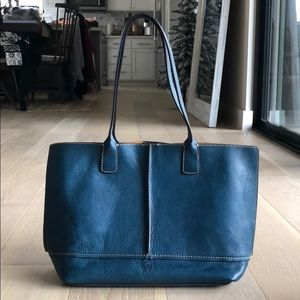 BRAND NEW FRYE Adeline blue leather tote